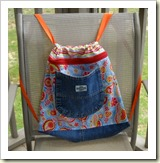 Simple Backpack tutorial from Confessions of a Sewsiopath | 45 Awesome Free Bag Tutorials | Frugal and Thriving