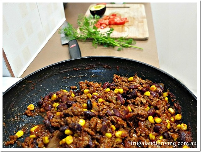 cheap and tasty chilli minced beef and beans. Black Bedroom Furniture Sets. Home Design Ideas